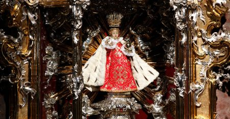 Child-Jesus-of-Prague-original-statue-