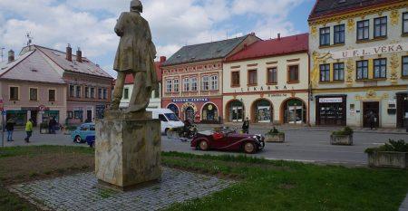 dobruska-main